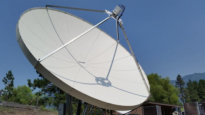 Challenger 3.8 Meter Prime Focus Satellite Antenna System